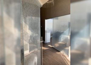 Salon Culture Suites Laminated Glass